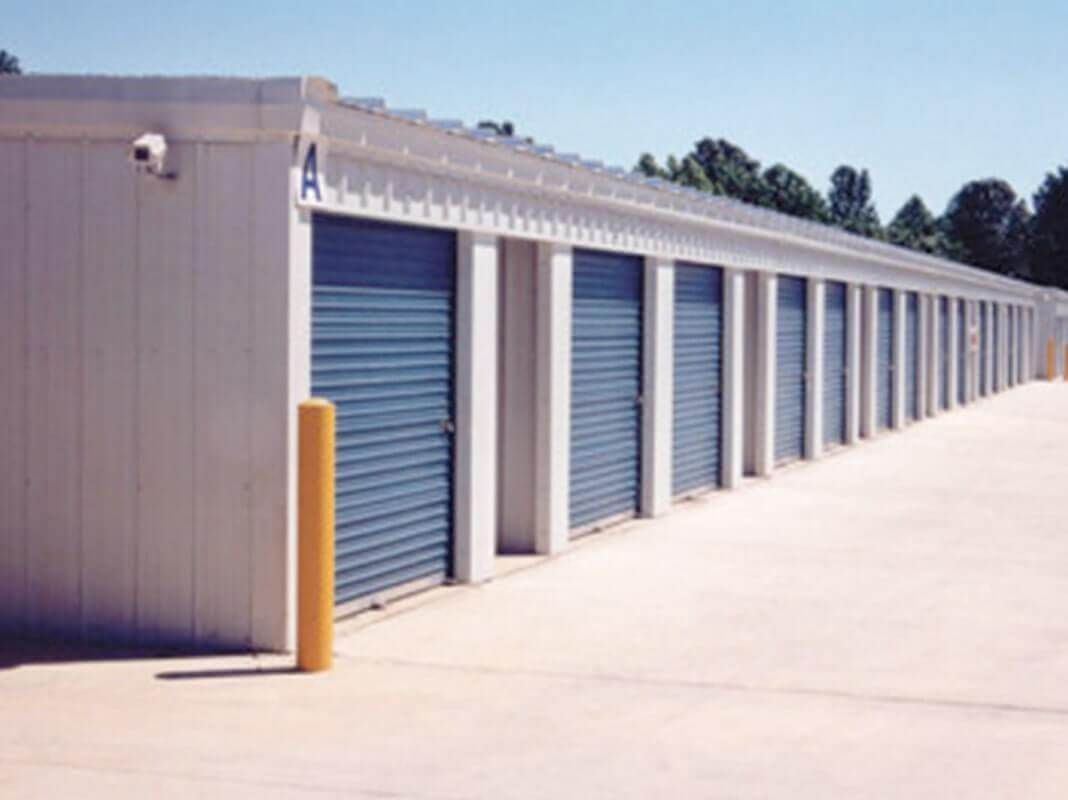 American Steel Buildings - Building with Blue Doors